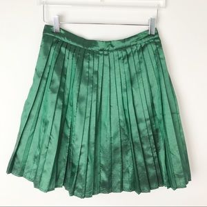 ModCloth | Pleated Skirt Green High Rise  M